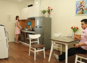 Giải pháp làm mát mùa hè hiệu quả cho không gian mở bằng máy làm mát hơi nước.
