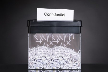 Máy hủy tài liệu giúp bảo mật các thông tin bí mật, quan trọng, nhạt cảm hiệu quả.